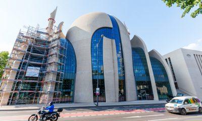 Almanya'daki Müslüman derneklerin temsilcileri, ülkede son dönemde artan cami saldırıları konusunda Alman hükümet yetkililerinin ve toplumun farklı kesimlerinin Müslümanlarla dayanışma içinde olmalarını bekliyor.