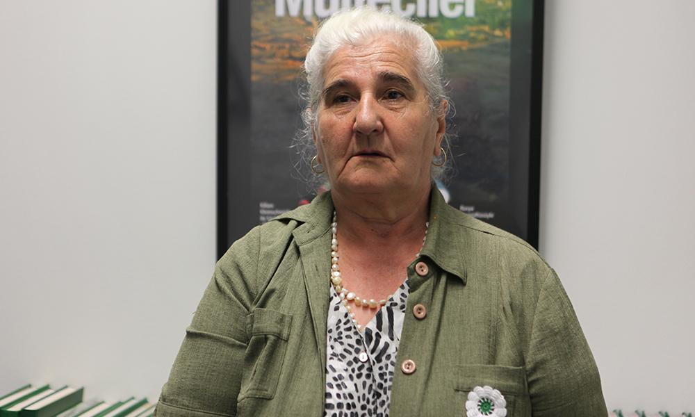 Munira Subasic Srebrenitsa anneleri
