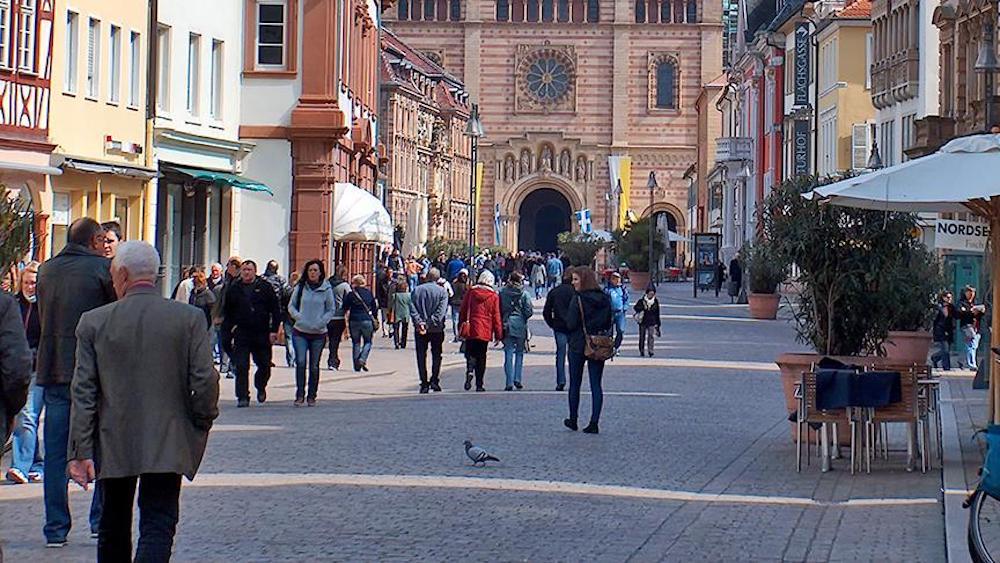 Almanya genç nüfus