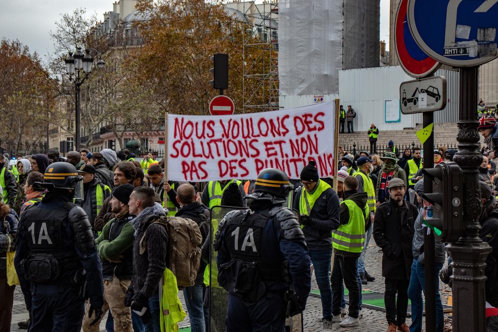 Fransa sarı yelek gösterileri